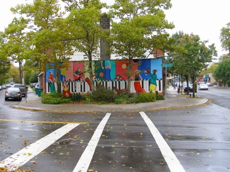 Syracuse_NY_Mural_by_Michael_Moody_1997_Westcott_&_S_Beech_photo_S_Gruber_Oct_2011